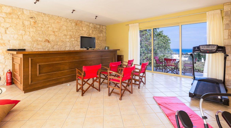 Beautiful Villa near the sea in Crete 6