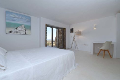 House for Sale in Paros, Paros Home for Sale, Real Estate in Paros, House in Greece for sale, Greek Properties for Sale, Property Paros Greece 19