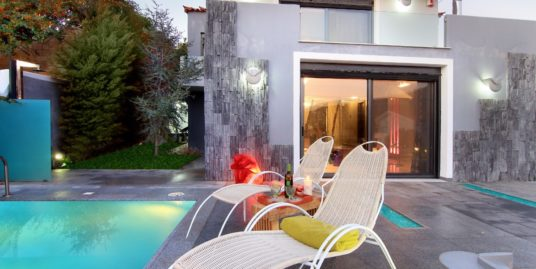 Luxury House in South Athens, Anavyssos, near the sea