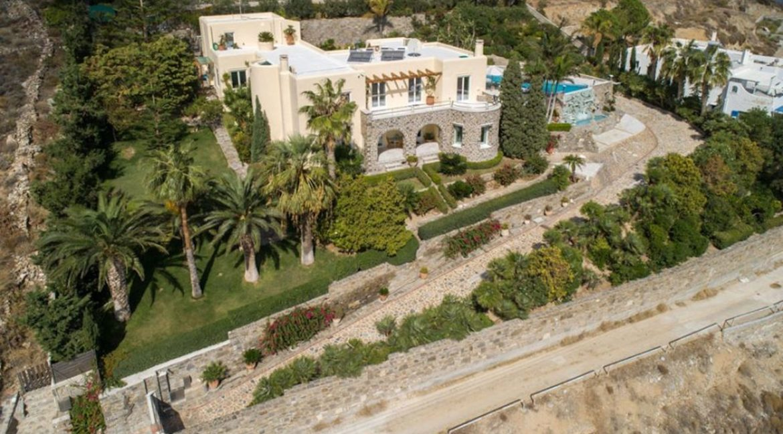 Luxury home in Paros, Paros Villas for Sale, Real Estate in Paros, Properties for sale in Paros Greece, Houses in Paros 2