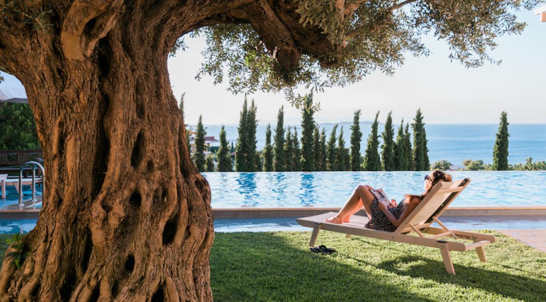 Luxury villa in Lagonisi Athens, Villas in Attica, Villas in south Athens, villas in Lagonisi, Real Estate Athens Riviera, Athens Riviera Villas 1