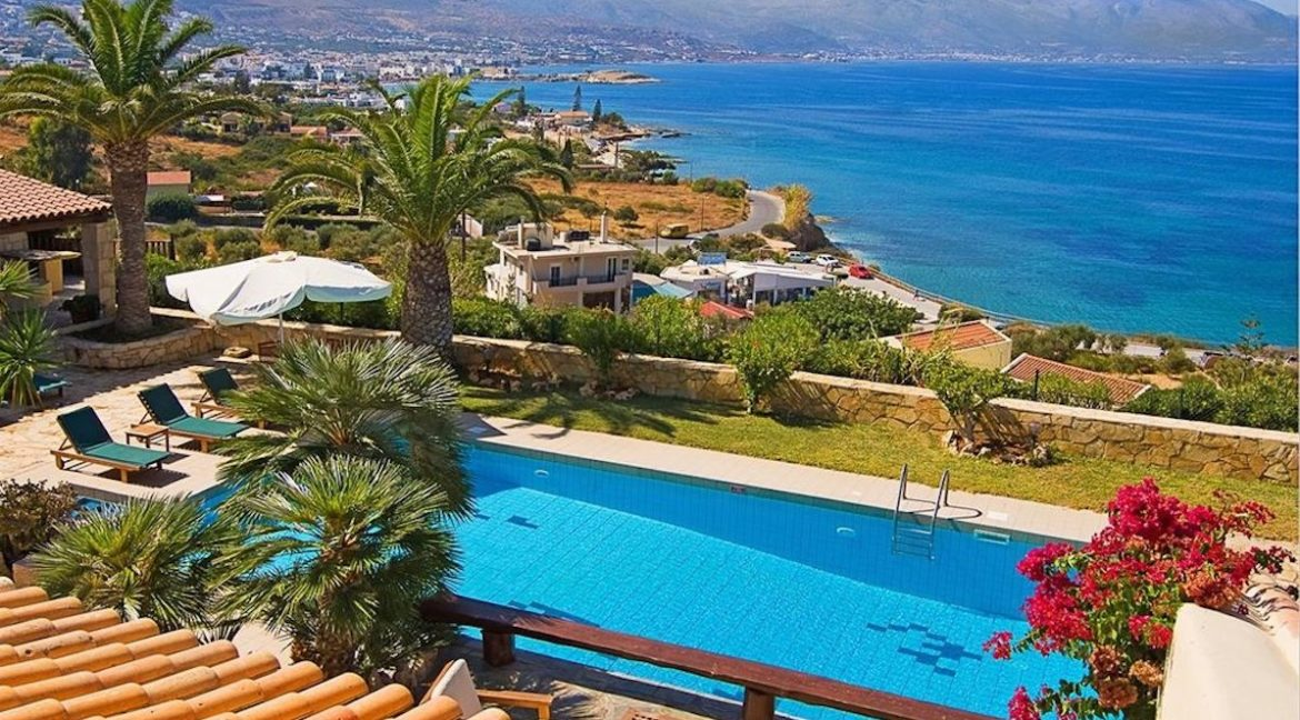 Property in Hersonissos Crete, Villa by the sea in Crete, Beautiful Villa in Hersonissos Crete, Villas in Hersonissos Crete, Villas with Sea vIew Crete 4