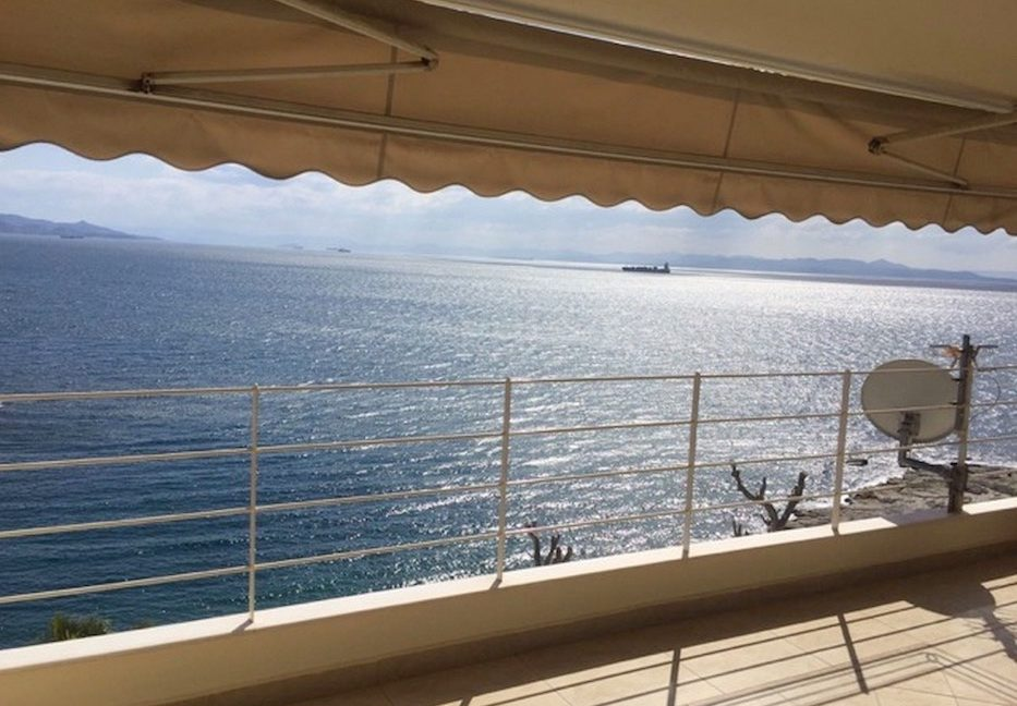Seafront Apartment in Athens, Piraeus, Luxury Apartments in Athens, Seafront Apartments Athens, Property in Athens by the sea