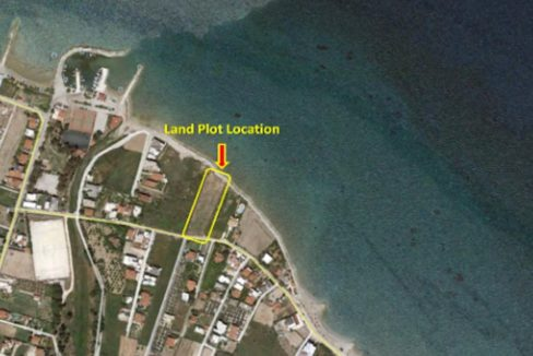 Seafront Land Plot Near Korinthos, Allowance to Built 650 sqm of Villas and much more for building a Hotel. Land for investment on the sea Peloponnese 1