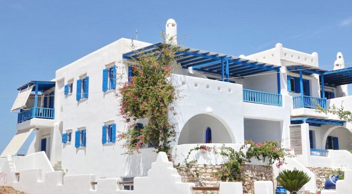 Seafront Villa in Antiparos in Cyclades Greece, Antiparos Real Estate, Antiparos Villa for Sale, Beachfront Property in Cyclades 9