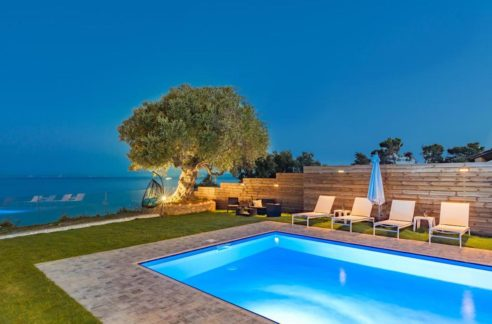 Seafront Villa in Zakynthos, Beachfront Villa in Zakynthos for sale, Zante villa on the beach, Zante Real Estate, Zakynthos Realty