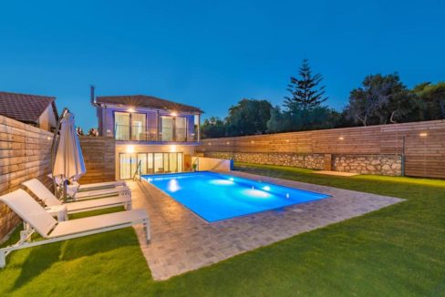 Seafront Villa in Zakynthos, Beachfront Villa in Zakynthos for sale, Zante villa on the beach, Zante Real Estate, Zakynthos Realty 27