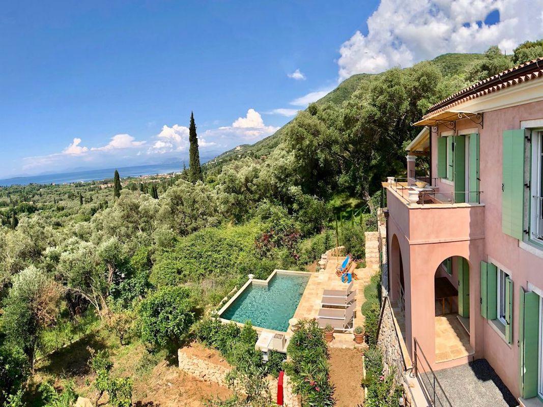 Villa for sale in Corfu