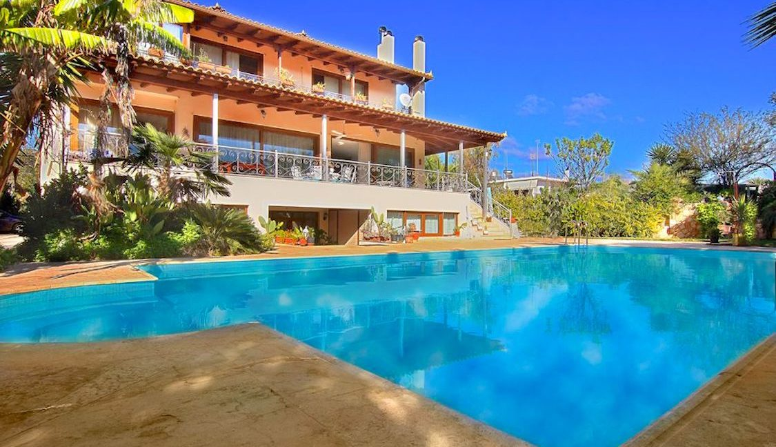Villa in Coast Athens, Lagonissi FOR SALE