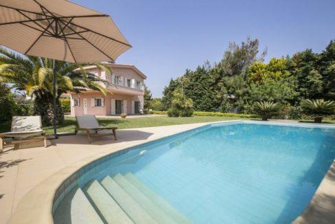 Villa near the sea in Athens, Legrena, Near Sounio, Athens Riviera Real Estate, Property in South Athens, Villa in Sounio for Sale