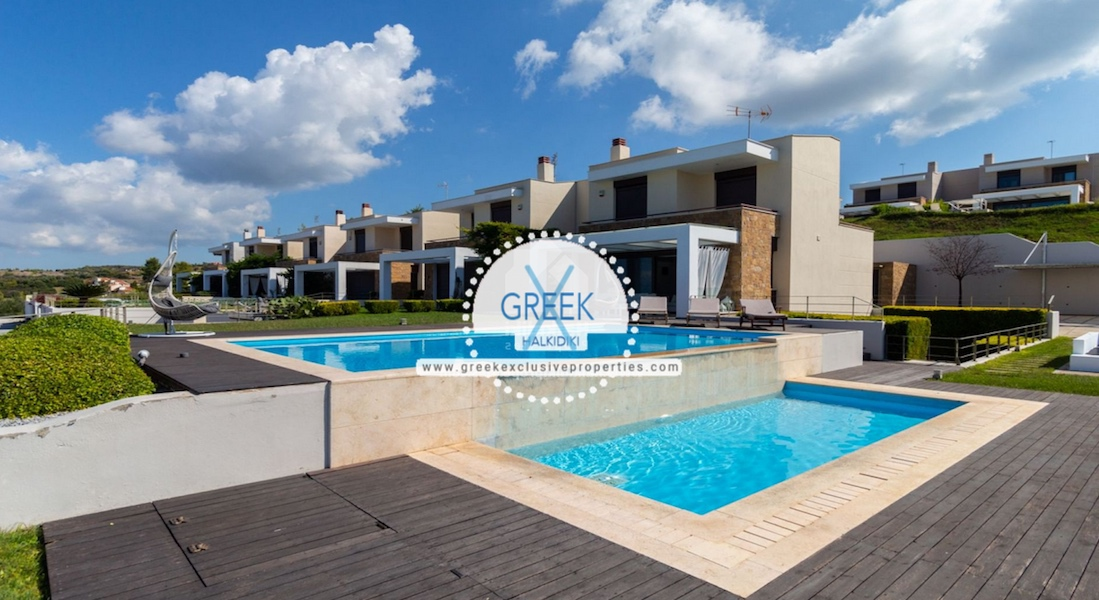 Beautiful Villa at Chanioti Halkidiki, Kassandra Halkidiki, Halkidiki Properties, Homes for sale in Halkidiki 24
