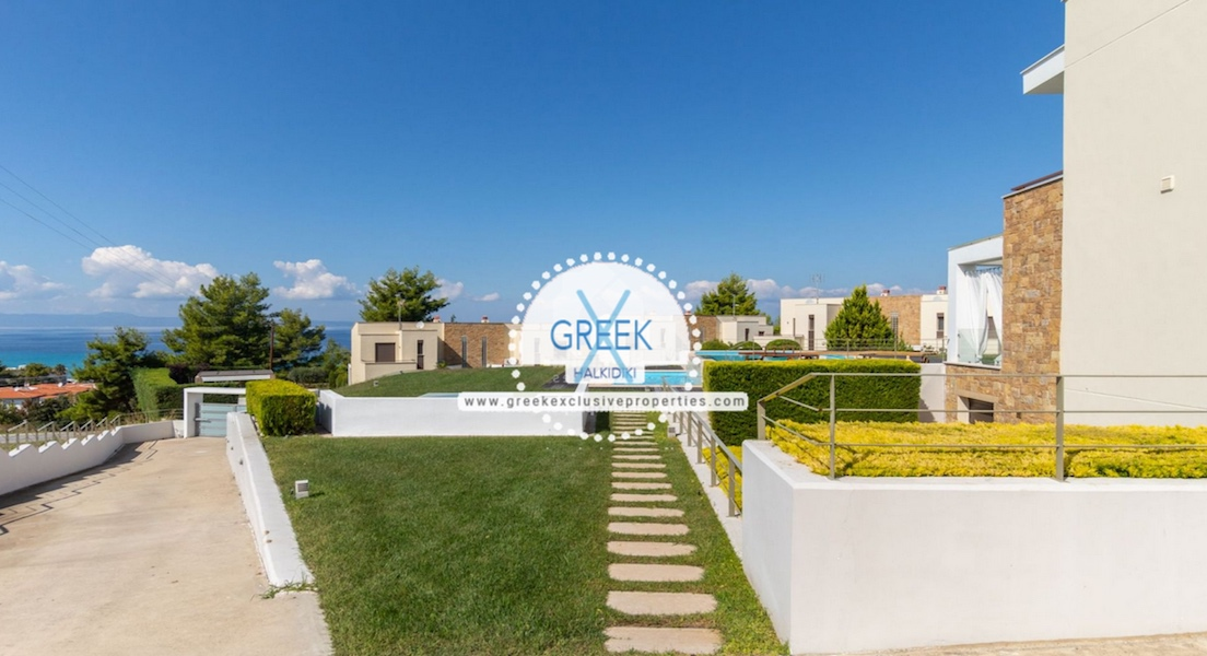 Beautiful Villa at Chanioti Halkidiki, Kassandra Halkidiki, Halkidiki Properties, Homes for sale in Halkidiki 6