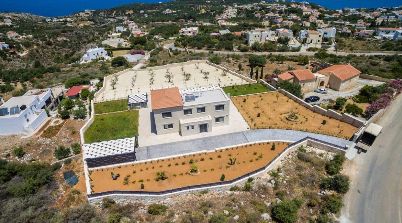 Beautiful villa in Chania Crete with pool, Luxury Estates in Crete, Property in Crete, Villas for sale in Crete, Real Estate in Crete 2
