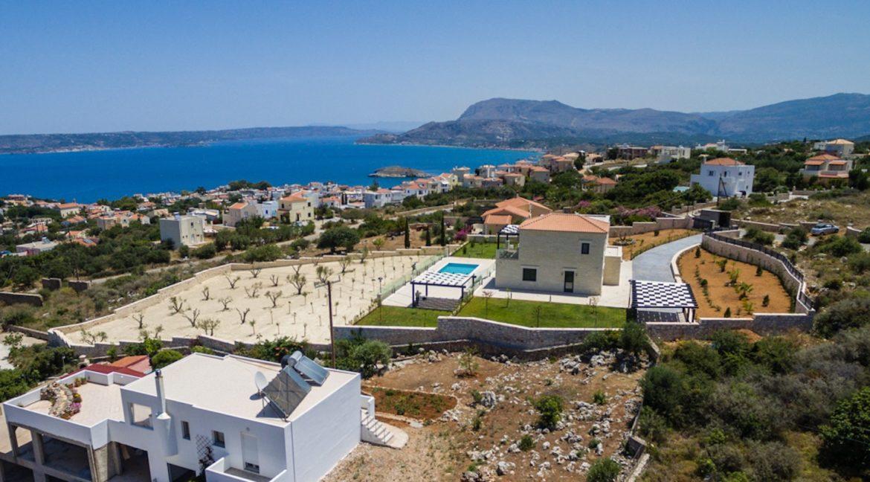 Beautiful villa in Chania Crete with pool, Luxury Estates in Crete, Property in Crete, Villas for sale in Crete, Real Estate in Crete 3
