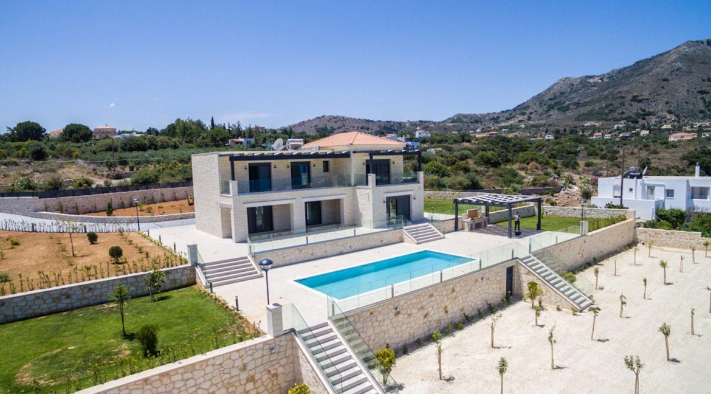 Beautiful villa in Chania Crete with pool, Luxury Estates in Crete, Property in Crete, Villas for sale in Crete, Real Estate in Crete 6