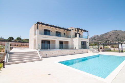 Beautiful villa in Chania Crete with pool, Luxury Estates in Crete, Property in Crete, Villas for sale in Crete, Real Estate in Crete 8