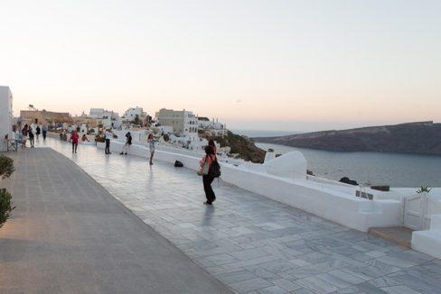 Commercial Space in Caldera Santorini Oia