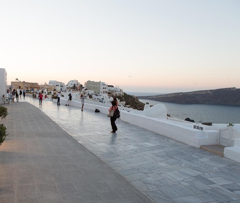High End Commercial Space in Caldera Santorini Oia