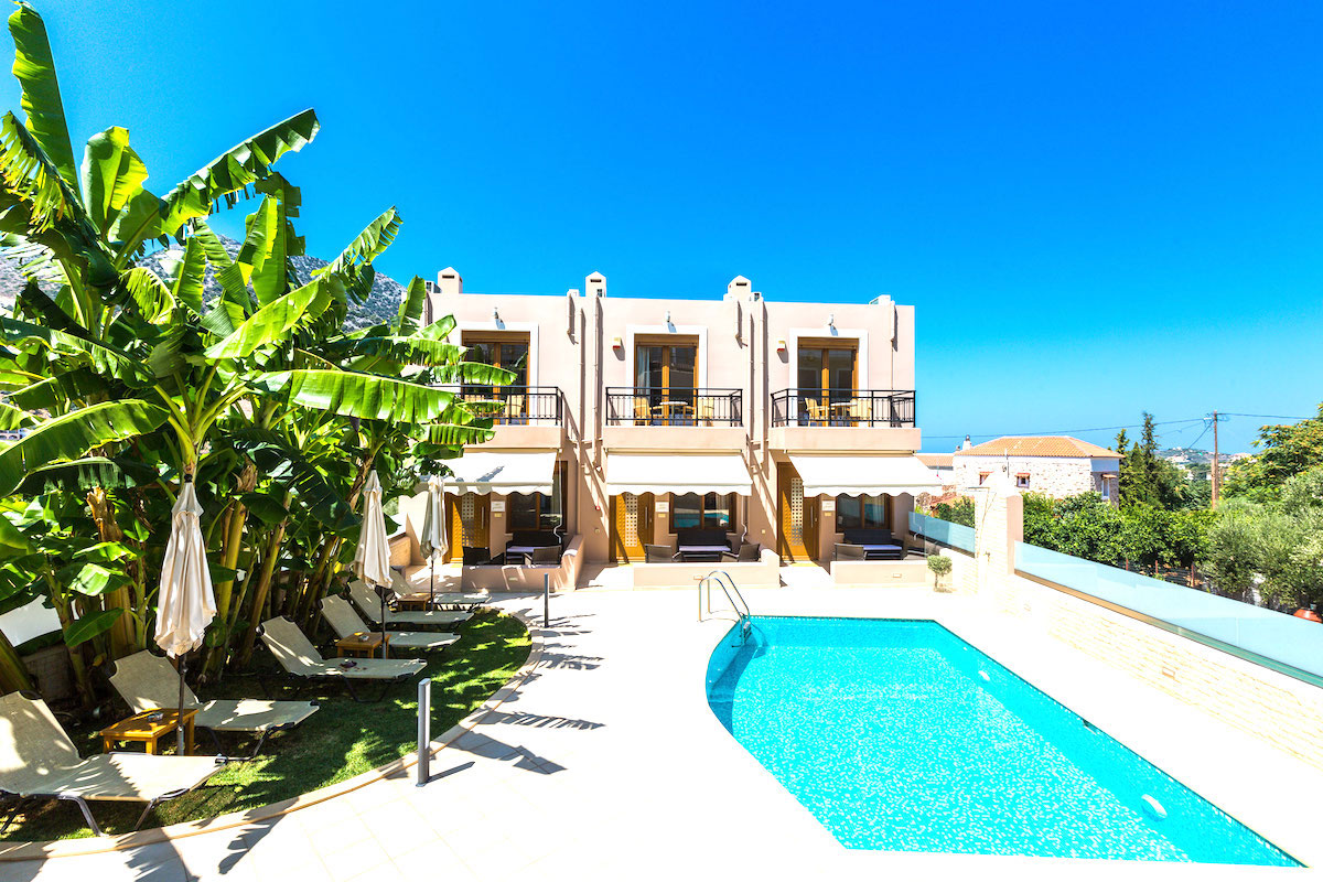 Hotel of 5 Villas and 2 Suites, Hotel Rethymno Crete for sale