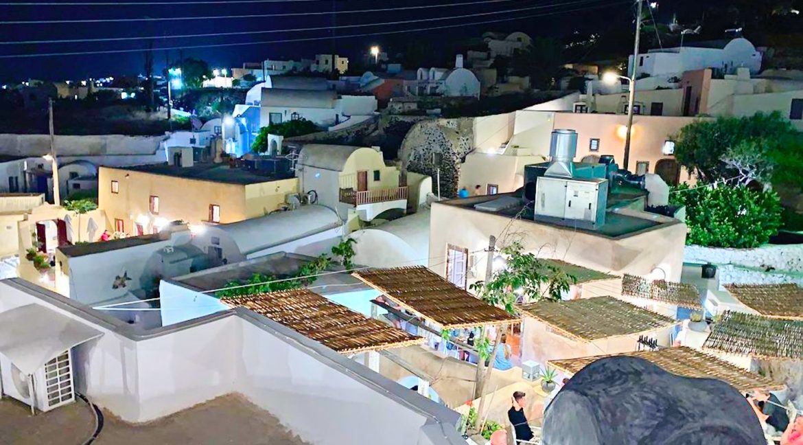 Hotel for Sale at Oia Santorini Finikia 1