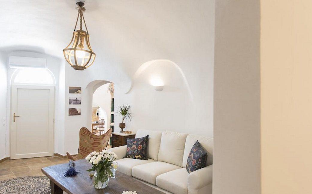 House for sale in Santorini, in Karterados 12