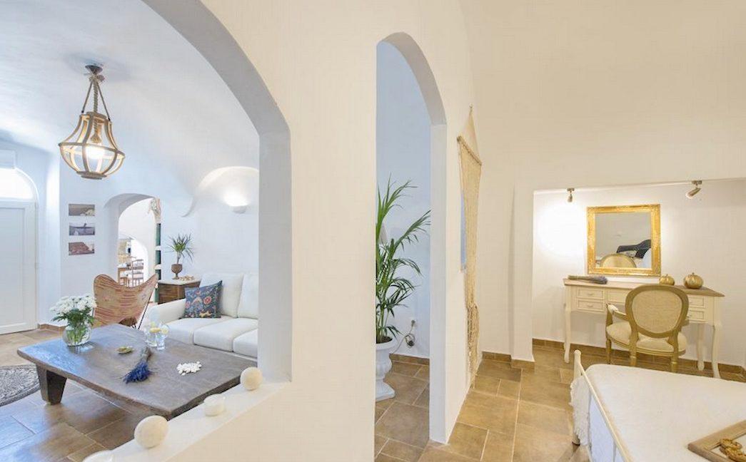 House for sale in Santorini, in Karterados 17