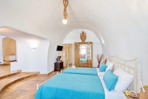 House for sale in Santorini, in Karterados 9