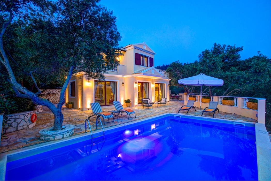 Complex of 3 Villas in Paxi island near Corfu
