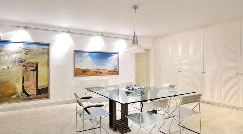 Luxury Estate in Mykonos, Beachfront, Villa of 950 sqm, Luxury Villas in Mykonos for Sale, Luxury Property Mykonos for sale 3