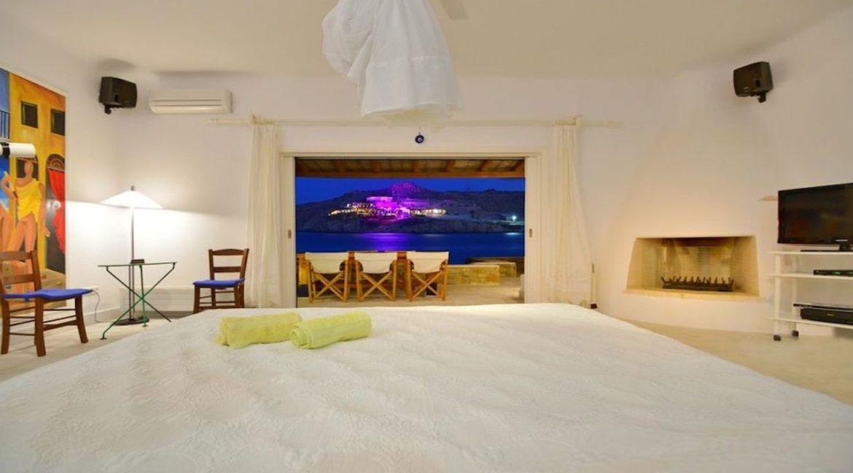 Luxury Estate in Mykonos, Beachfront, Villa of 950 sqm, Luxury Villas in Mykonos for Sale, Luxury Property Mykonos for sale 6