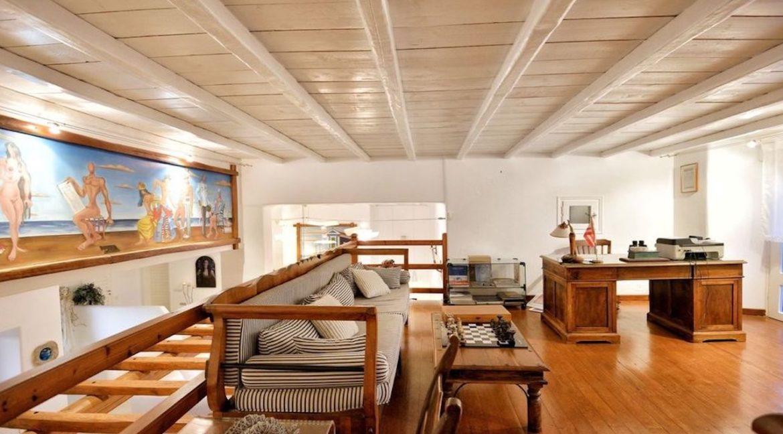 Luxury Estate in Mykonos, Beachfront, Villa of 950 sqm, Luxury Villas in Mykonos for Sale, Luxury Property Mykonos for sale 7