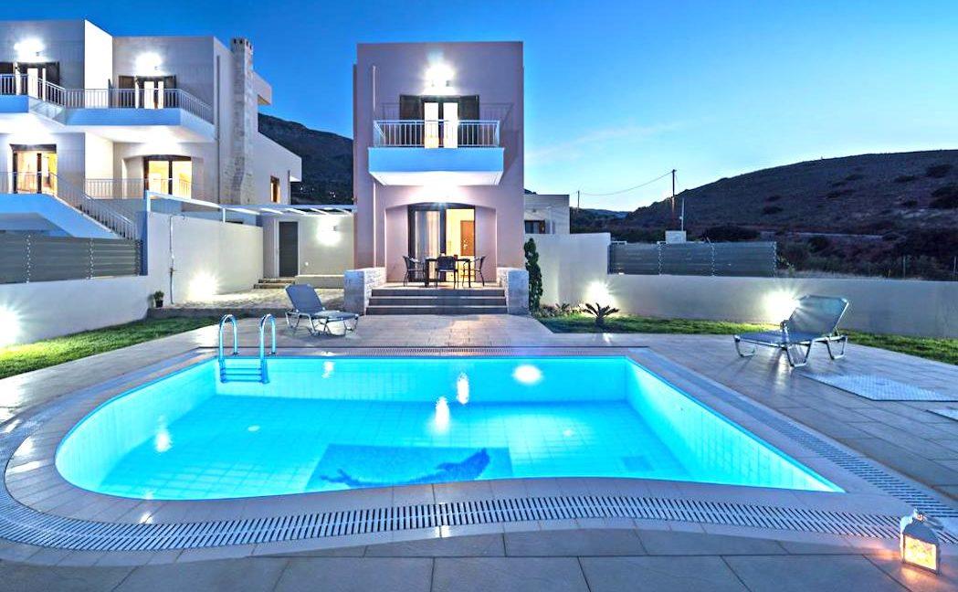 Property in Crete, 2 Villas in South Crete by the sea 9