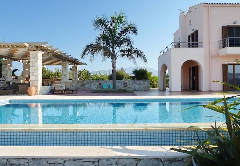 Villa in Apokoronas Chania Crete for sale, Villas for Sale in Crete, Property in Crete, Luxury Estate in Crete, Buy a Villa at Chania Crete