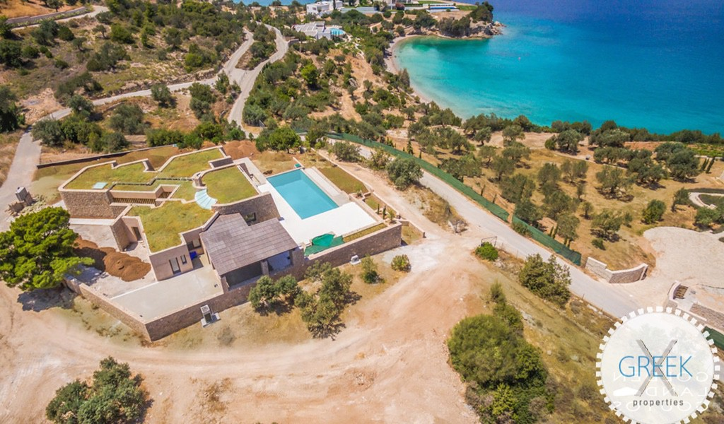 Beautiful Villa in Porto Heli near the sea, Real Estate in Porto Heli, Porto Heli Peloponesse, Seafront Estate in Porto Heli Greece 1