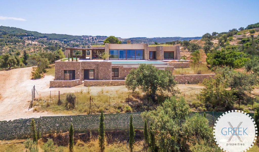 Beautiful Villa in Porto Heli near the sea, Real Estate in Porto Heli, Porto Heli Peloponesse, Seafront Estate in Porto Heli Greece 3