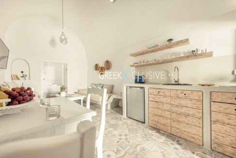 House at Santorini, Properties in Santorini 20