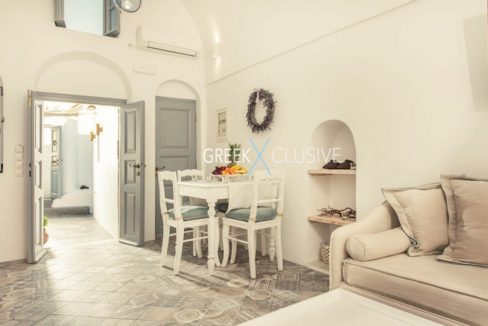House at Santorini, Properties in Santorini 21