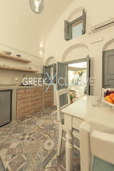 House at Santorini, Properties in Santorini 25