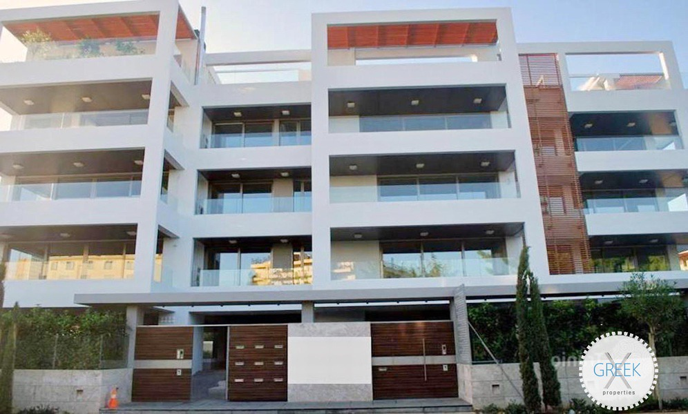 Luxury Ground Floor Apartment in Glyfada for Sale 1