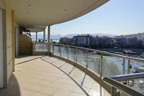 Luxury Seafront Apartment in Piraeus Athens 10