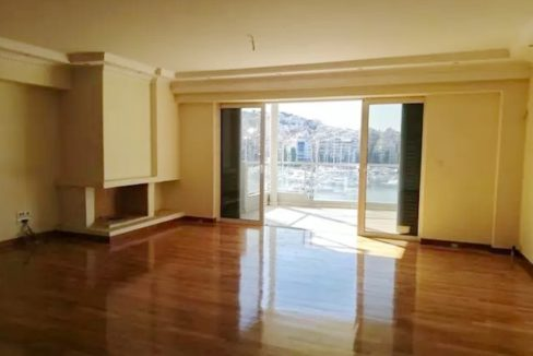 Luxury Seafront Apartment in Piraeus Athens 11