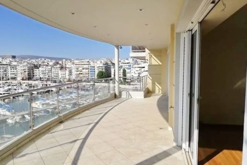 Luxury Seafront Apartment in Piraeus Athens 4