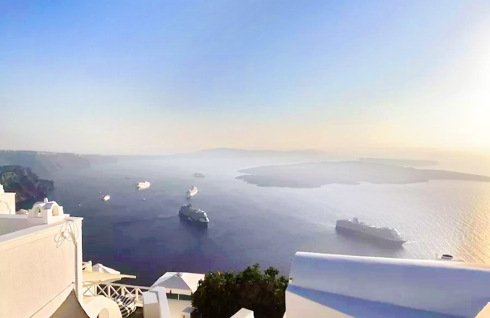 Property at Caldera in Santorini, Investment in Santorini, Building in Santorini for sale