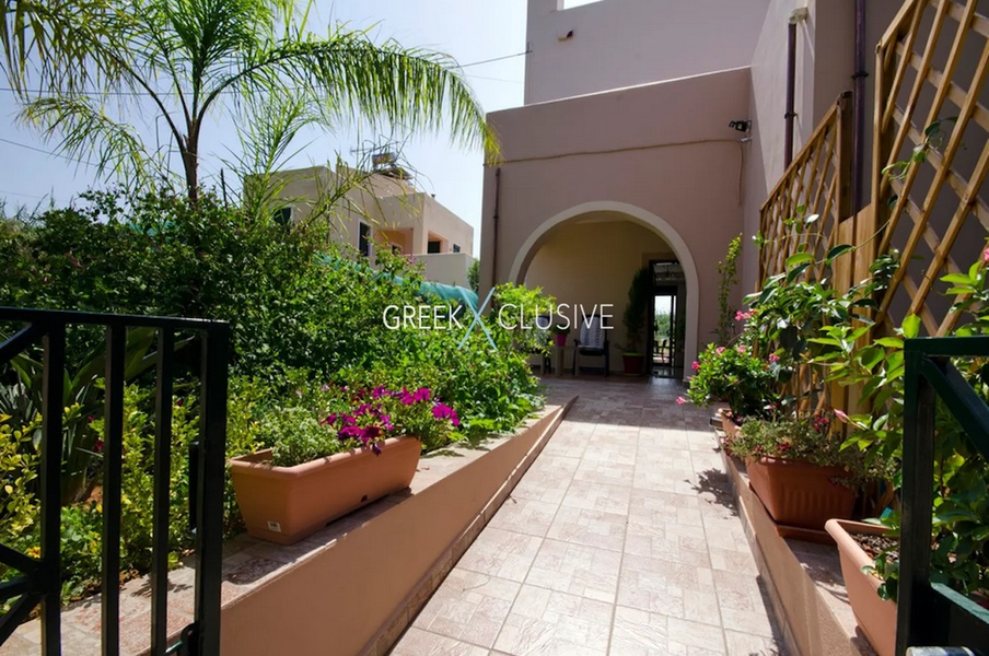 Property for sale in Crete, House for Sale in Meleme Chania, Crete Real estate 22