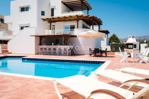 Villa with swimming pool and sea views, Property for sale in Crete