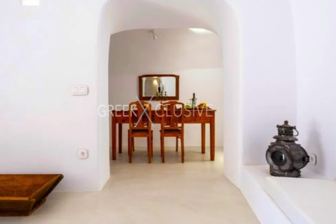 Cave House Santorini for Sale, Santorini Properties 11