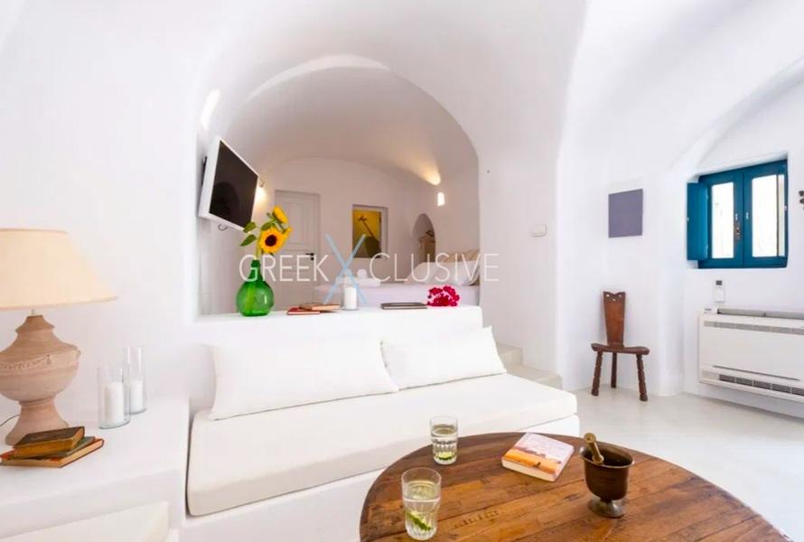 Cave House Santorini for Sale, Santorini Properties 17