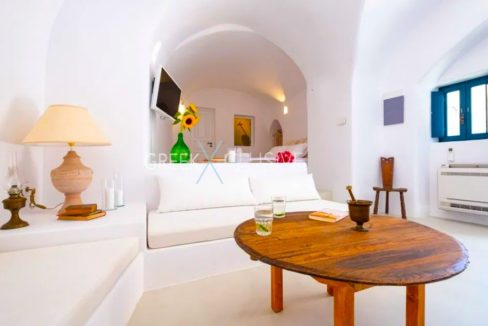 Cave House Santorini for Sale, Santorini Properties 8