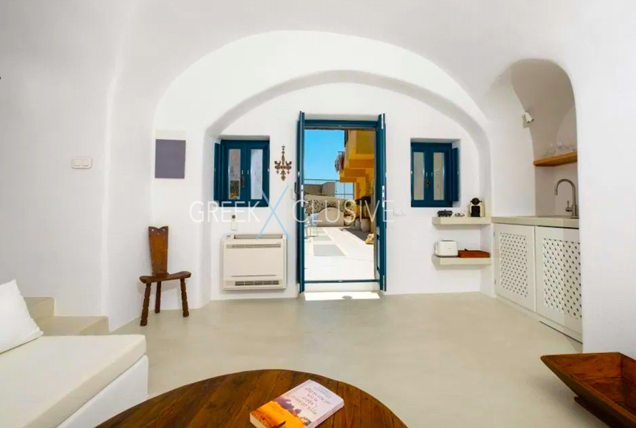 Cave House Santorini for Sale, Santorini Properties 9