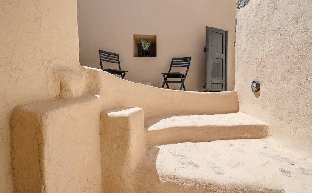 Cave House in Santorini, Cave House for Sale 1